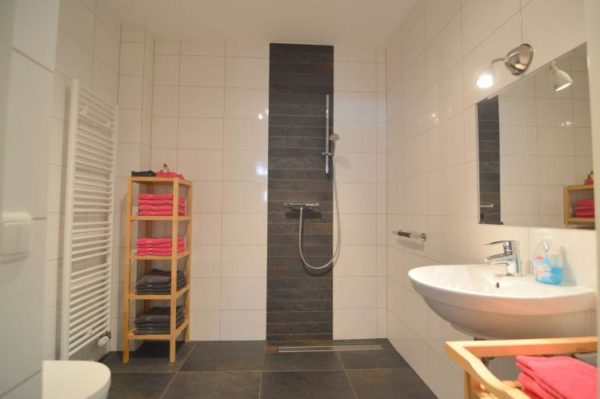 Appartement Oppe Winckel - 4 personen - Limburg - badkamer