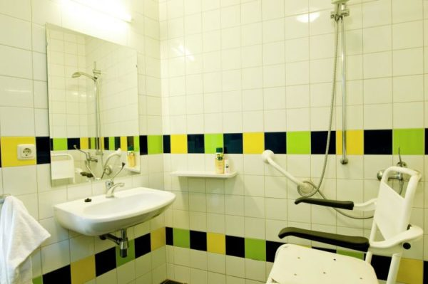 RCN Vakantiepark de Noordster 2 - Nederland - Drenthe - 4 personen - aangepaste badkamer