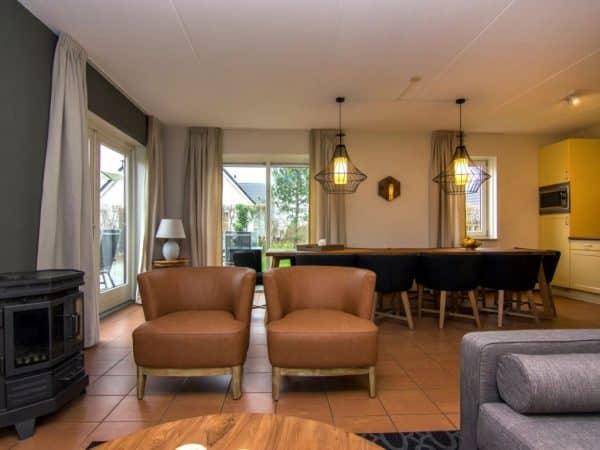 Landal De Cauberg Extra toegankelijke bungalow 10LT - 10 personen - Limburg - Nederland - woonkamer