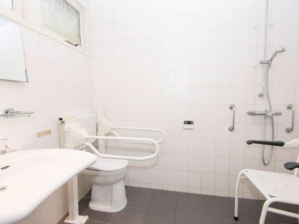 Landal Heihaas Extra toegankelijke bungalow 6CT - 6 personen - Gelderland - Nederland - aangepaste badkamer