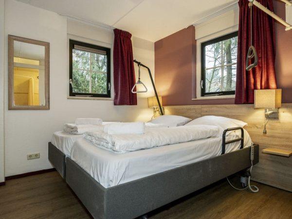 Landal Het Land van Bartje Extra toegankelijke bungalow 6CT6 - 6 personen - Drenthe - Nederland - aangepaste slaapkamer