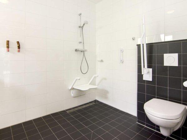 Landal Ooghduyne Extra toegankelijke bungalow 6CT - 6 personen - Noord-Holland - Nederland - aangepast toilet