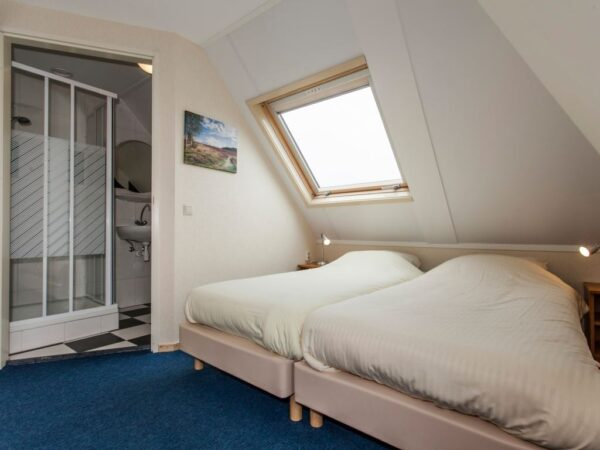 Landal Orveltermarke Extra toegankelijke bungalow 12BT - 12 personen - Drenthe - Nederland - extra grote slaapkamer