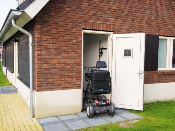 Landal Sluftervallei extra toegankelijke bungalow 10LT - 10 personen - Waddeneilanden - berging scootmobiel