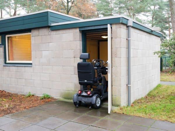Landal Vennenbos Extra toegankelijke bungalow 6BT - 6 personen - Noord-Brabant - berging scootmobiel